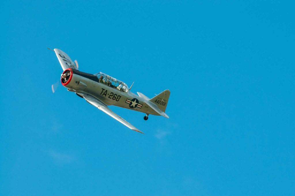 Et Harvard T6-G fra Kjeller. Flytypen var i bruk fra andre verdenskrig og til helt ut på 70-tallet