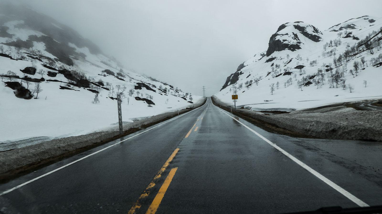 Snø på 400 moh