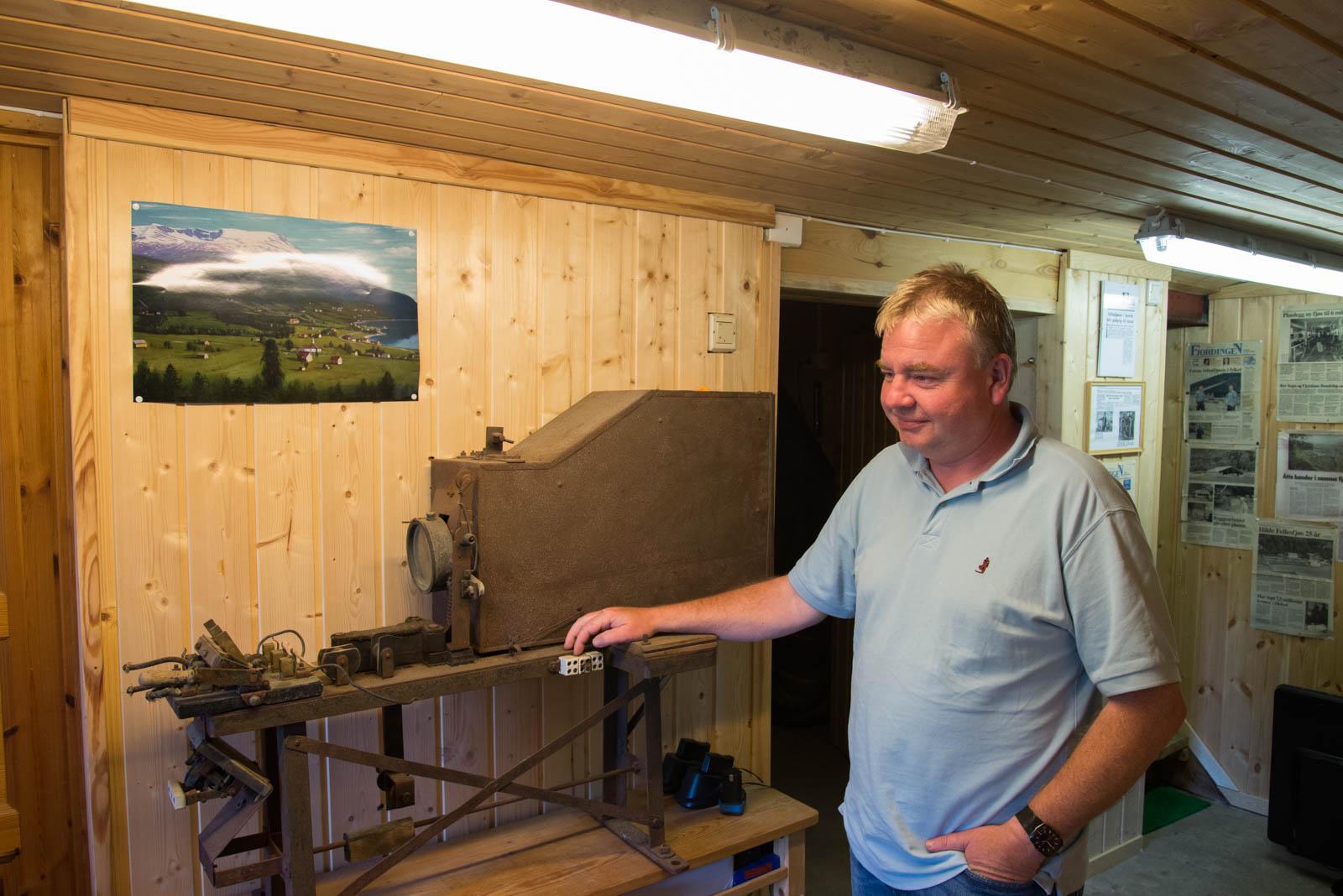 Den første filmfremviseren som ble brukt i Sogn og FJordane. Kanskje kan den brukes igjen?