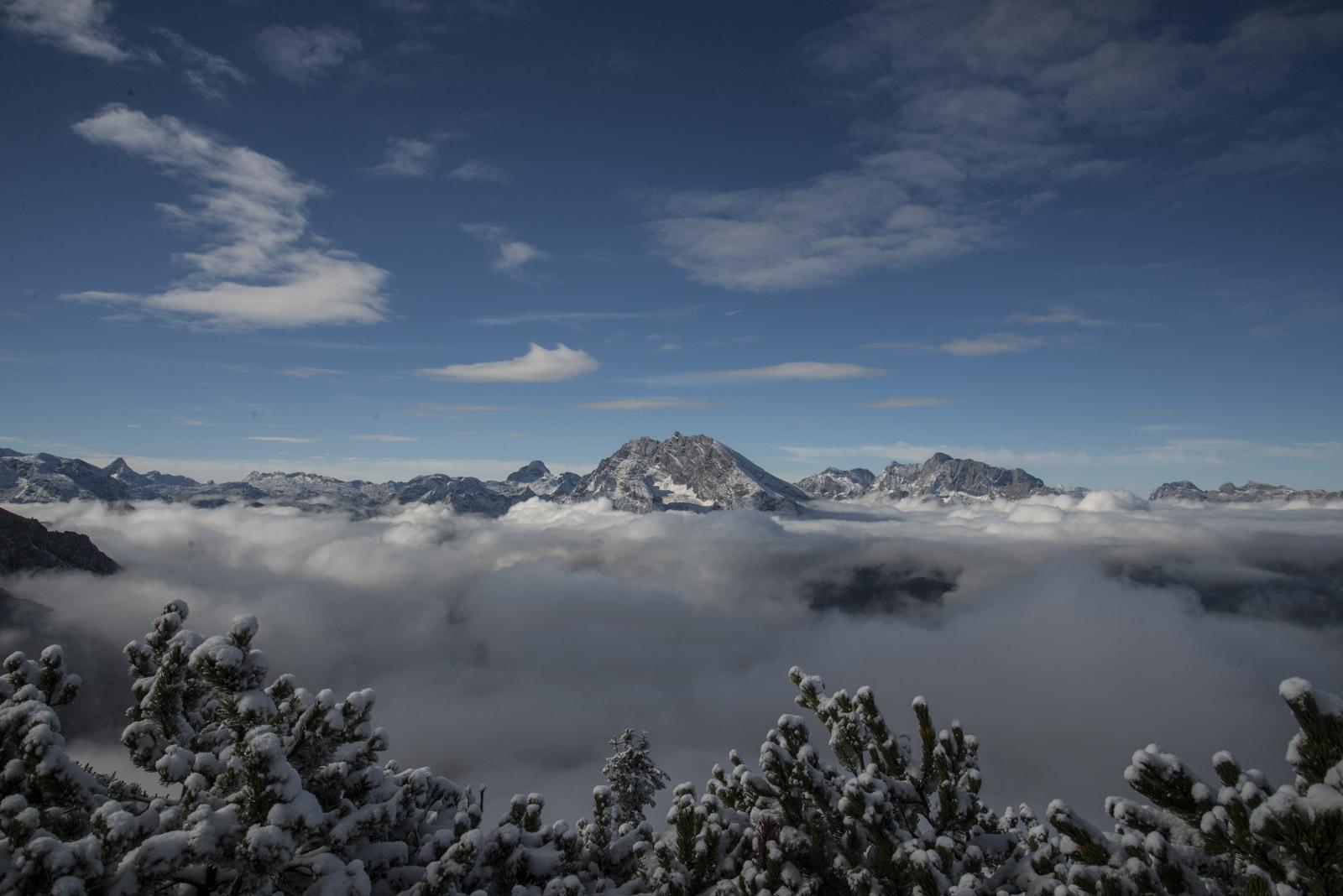Plutselig dukket fjellene frem fra tåka