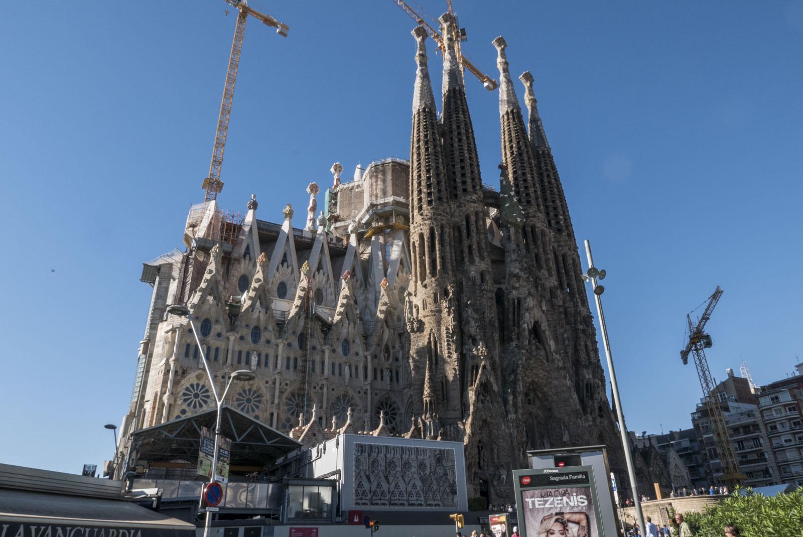 Sagrada Familia. Gaudis livsverk som ble påbegynt i 1882 og forventes ferdigstilt i 2026