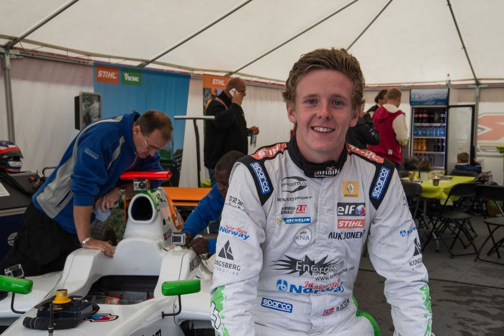 18 år gamle Dennis Olsen kan bli den første nordmann i Formel 1